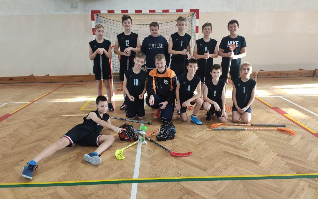 Powiatowe Igrzyska Dzieci wUnihokeju Chłopców